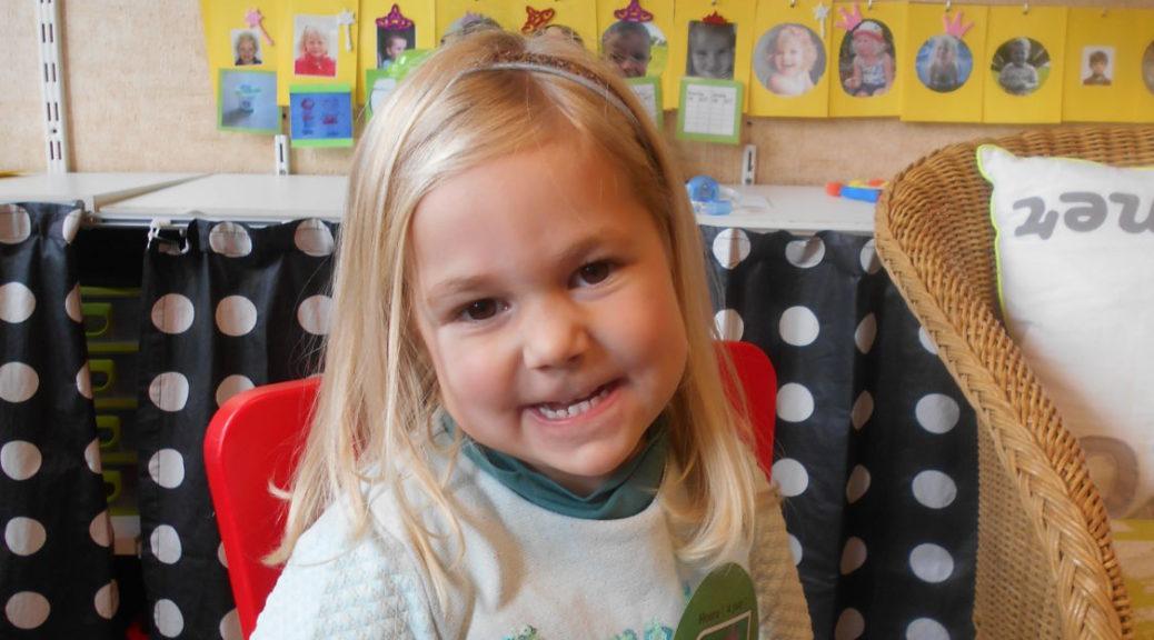 Gelukkige Verjaardag Sara Basisschool Leiebloem